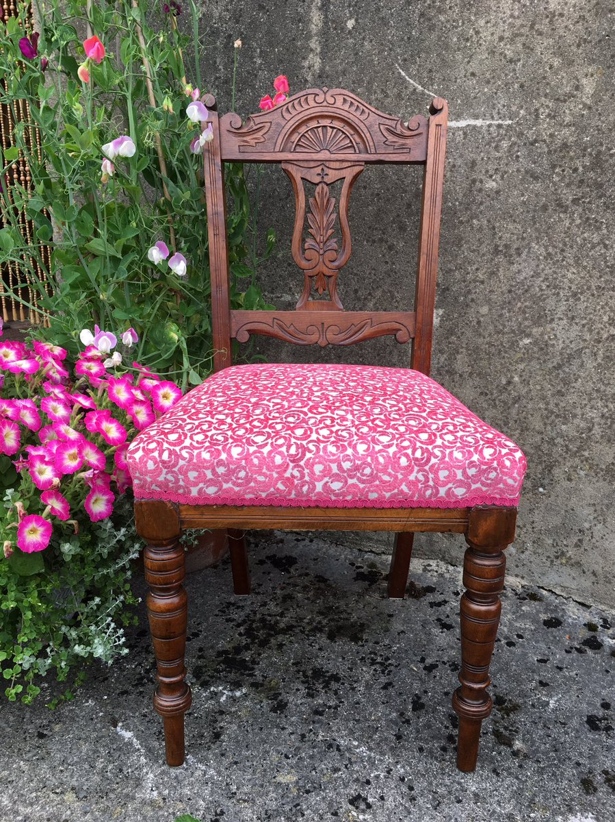 Excellent Upholsterywales Upholsterywales Twitter Bralicious Painted Fabric Chair Ideas Braliciousco