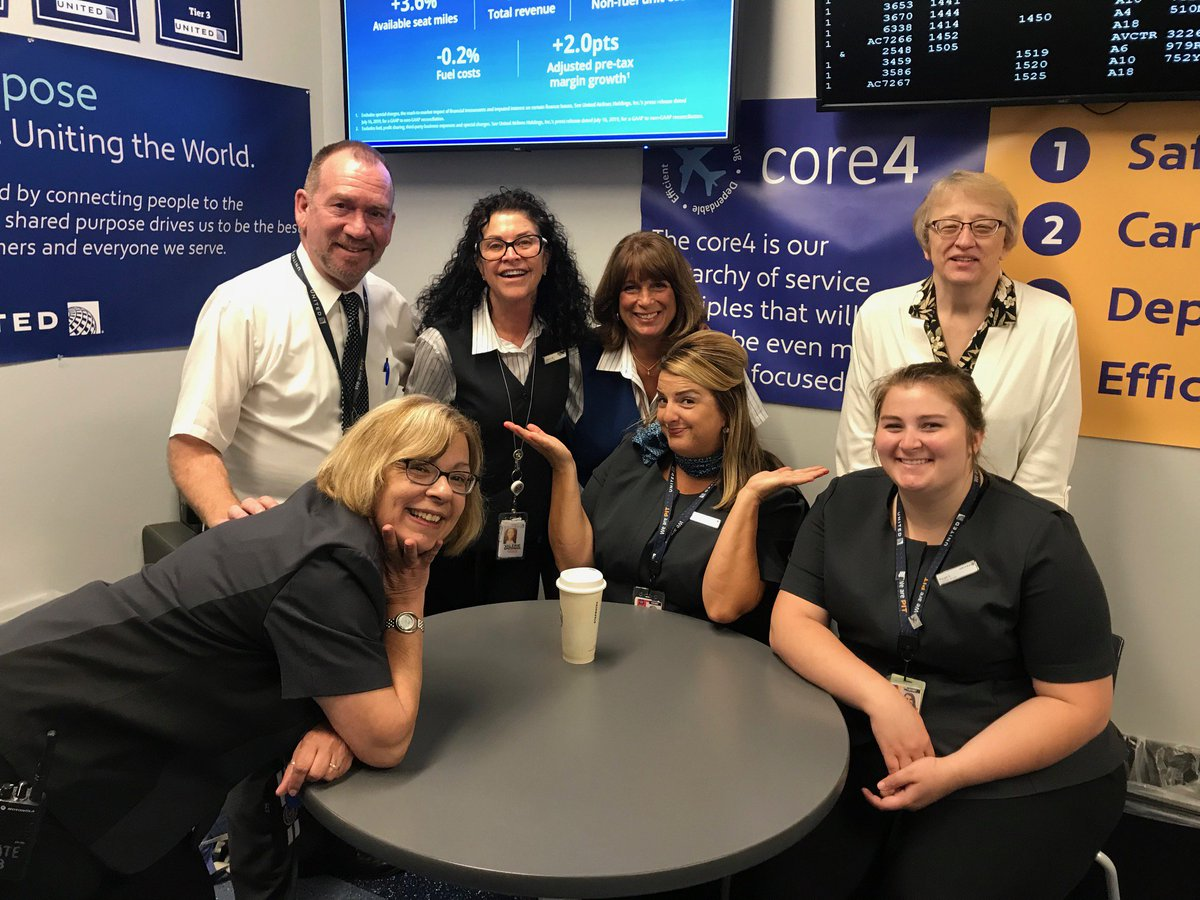 Fun, fun, fun these C.S.R.s know how to make the best out of their days every day. Some of Pittsburghs finest C.S.R.s enjoying another great day in the Burgh, spending some time with H.R. partner, Cindy Grzyb this morning. @weareunited