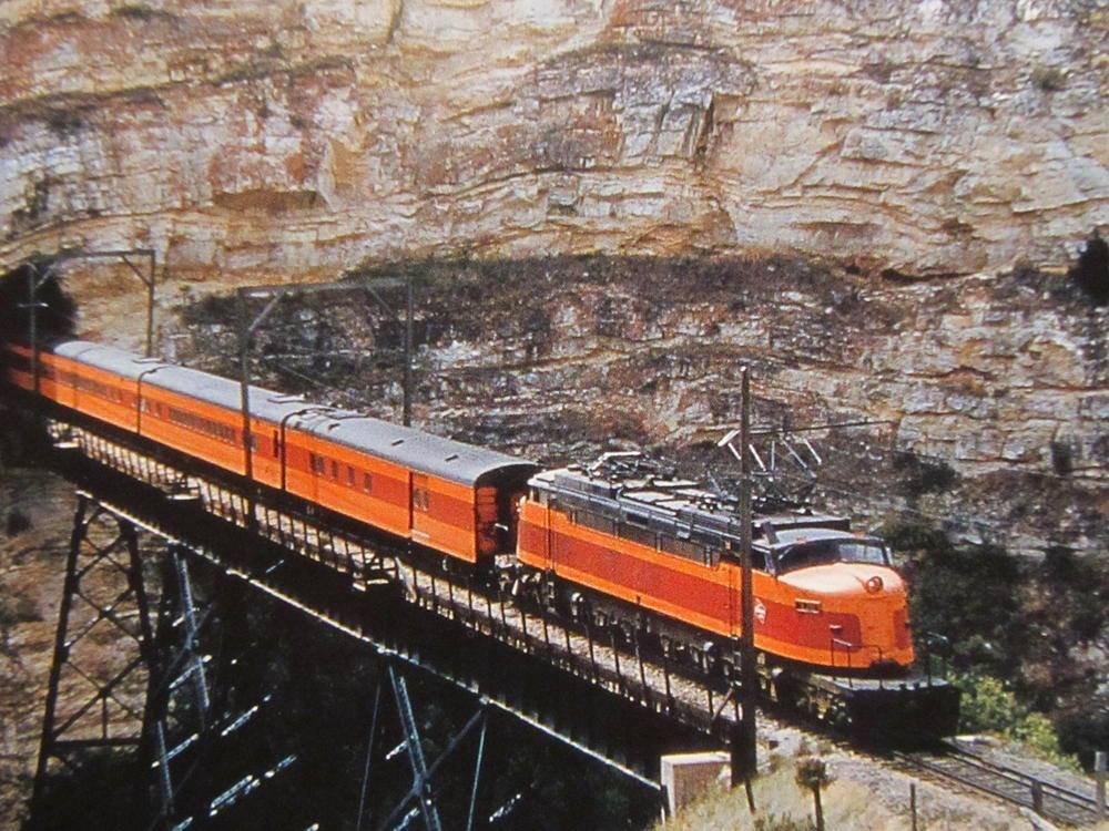 EAVMqv9XkAAtz d - Electric Railroad through the Rockies