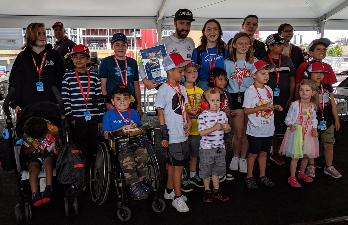 #TBT to an incredible @hondaindy weekend spent with generous race fans who helped @HondaCanada raise $120,000 for Make-A-Wish! makeawish.ca/thankyouhonda #ThrowbackThursday @Hinchtown