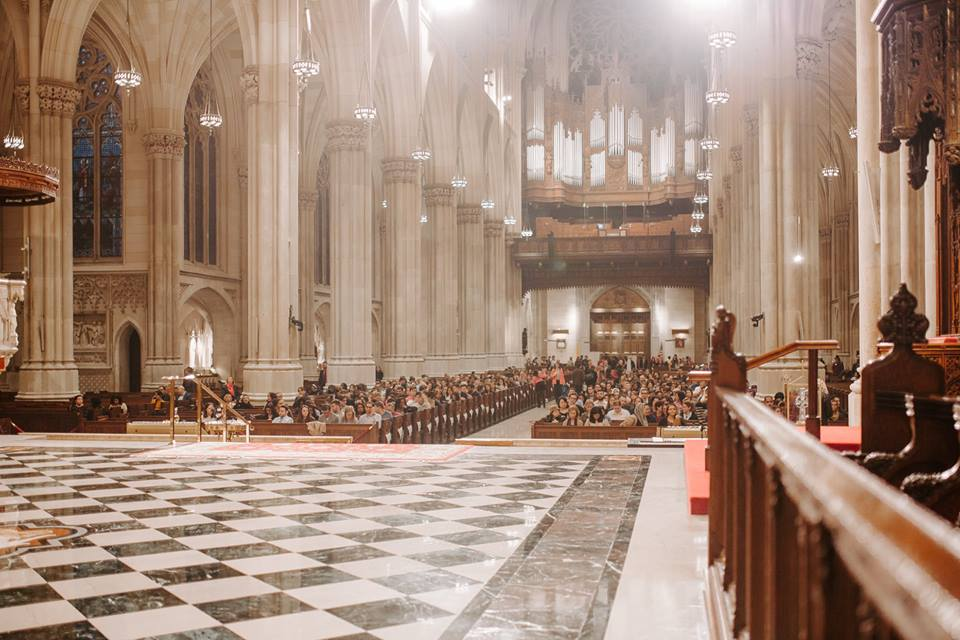 Young Adult Mass with @CatholicNYC returns to @StPatsNYC on August 7 at 6:30 PM. To learn more:  https://www. facebook.com/events/3525942 88766770/  …  #Mass #Thingstodoinnyc <br>http://pic.twitter.com/DU9GEAYFS2