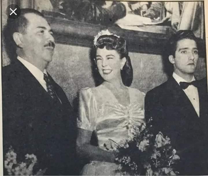 Luisa Condesa De Vivant S Tweet Abel Salazar En Su Boda