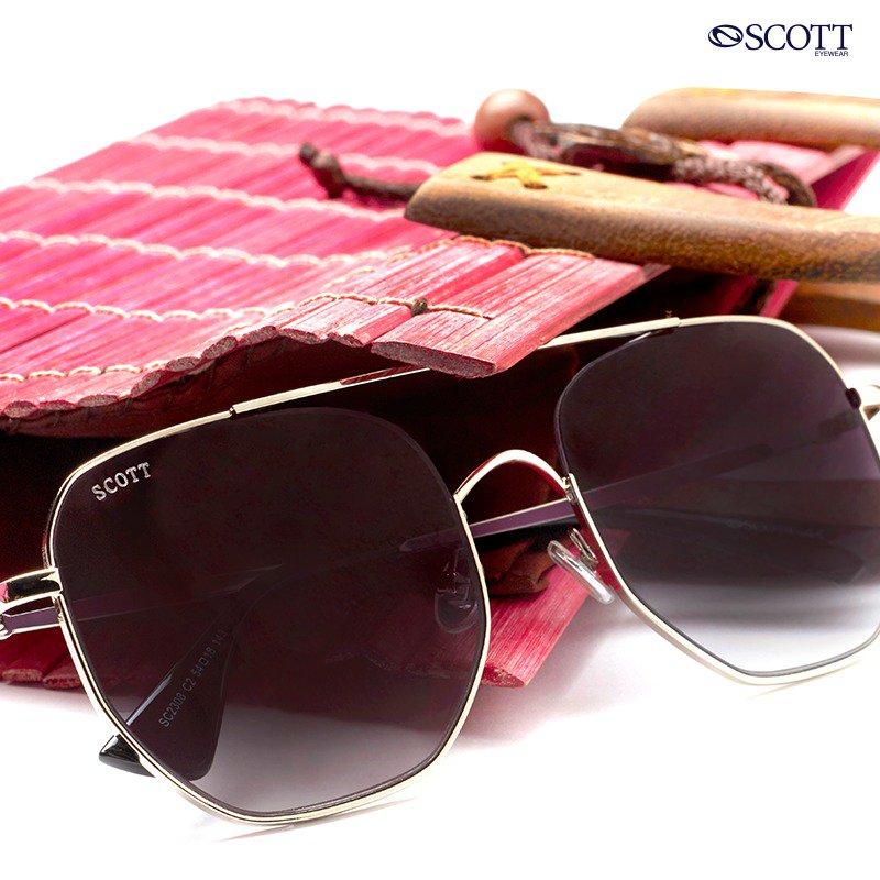 Brunch plans? Chic up your look in ... These fabulous Scott sunglasses..  #ScottEyewearXAKSK #StyleCheck #scotteyewear #ScottSunnies #ISeeYou #Spotted #Scotted #SpotTheScott #BondOverScott #ScottTheSun #AnilKapoor #SonamKapoor #ScottSunglasses