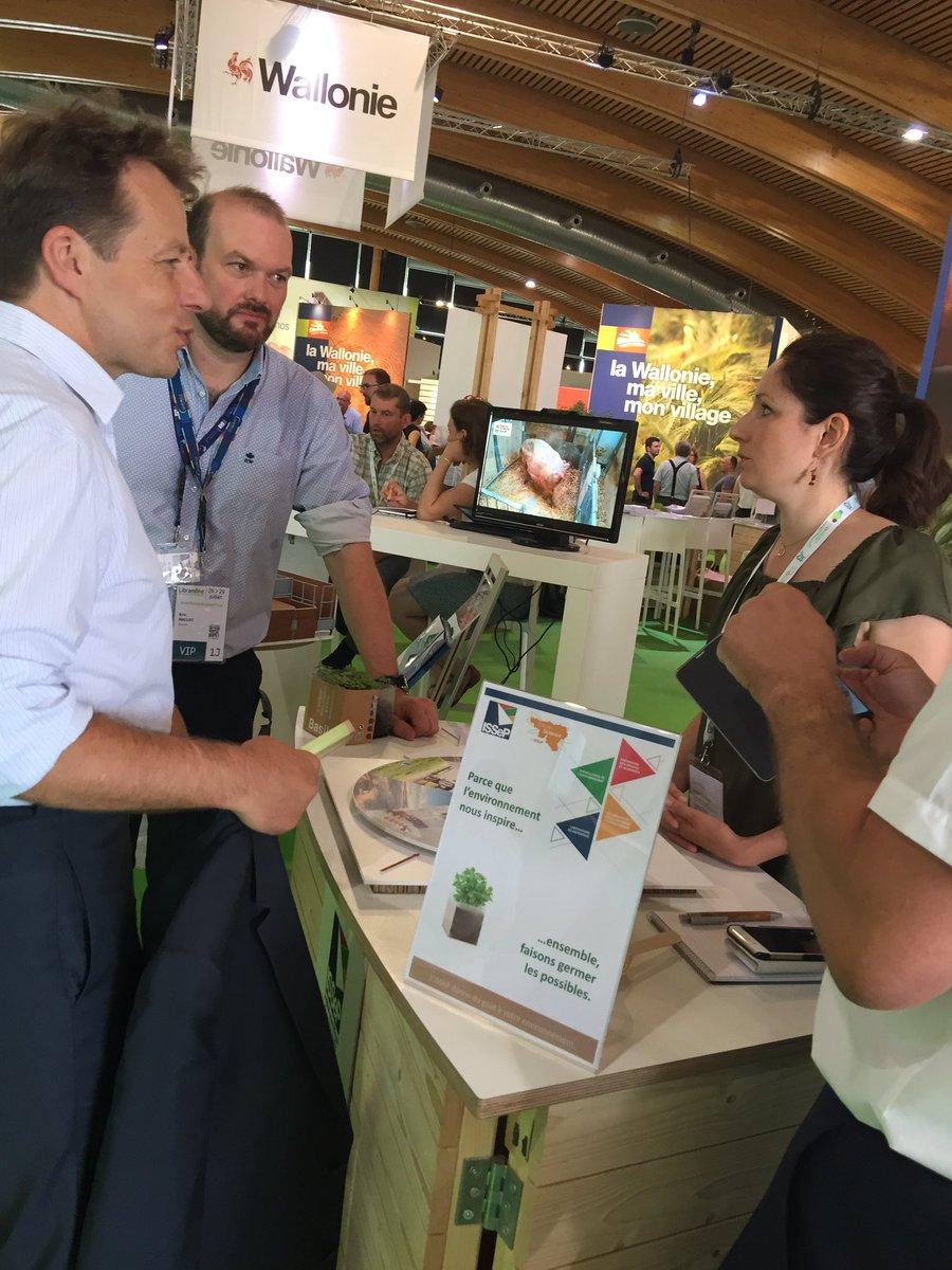 #FoireDeLibramont Biodiversité, environnement, préservation des ressources ... l'agriculture wallonne en a beaucoup à offrir ! https://t.co/sMWhIUbTqj