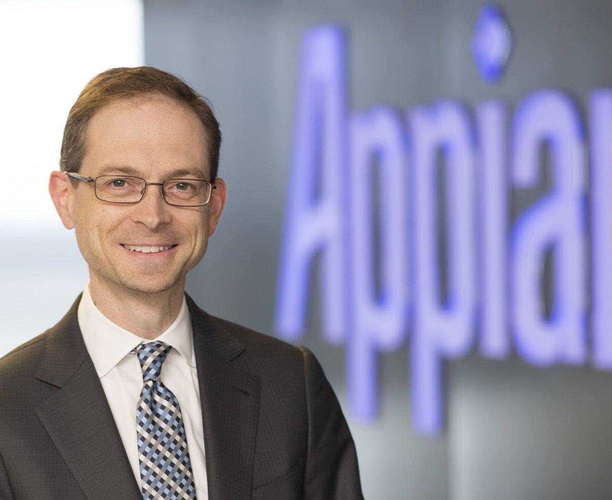 De las tarjetas perforadas al #LowCode. Mi entrevista con @mwcalkins, fundador y CEO de @Appian  https://t.co/TZ6oP3EnQv Con @AppianIberia https://t.co/UMsdHM7vHa