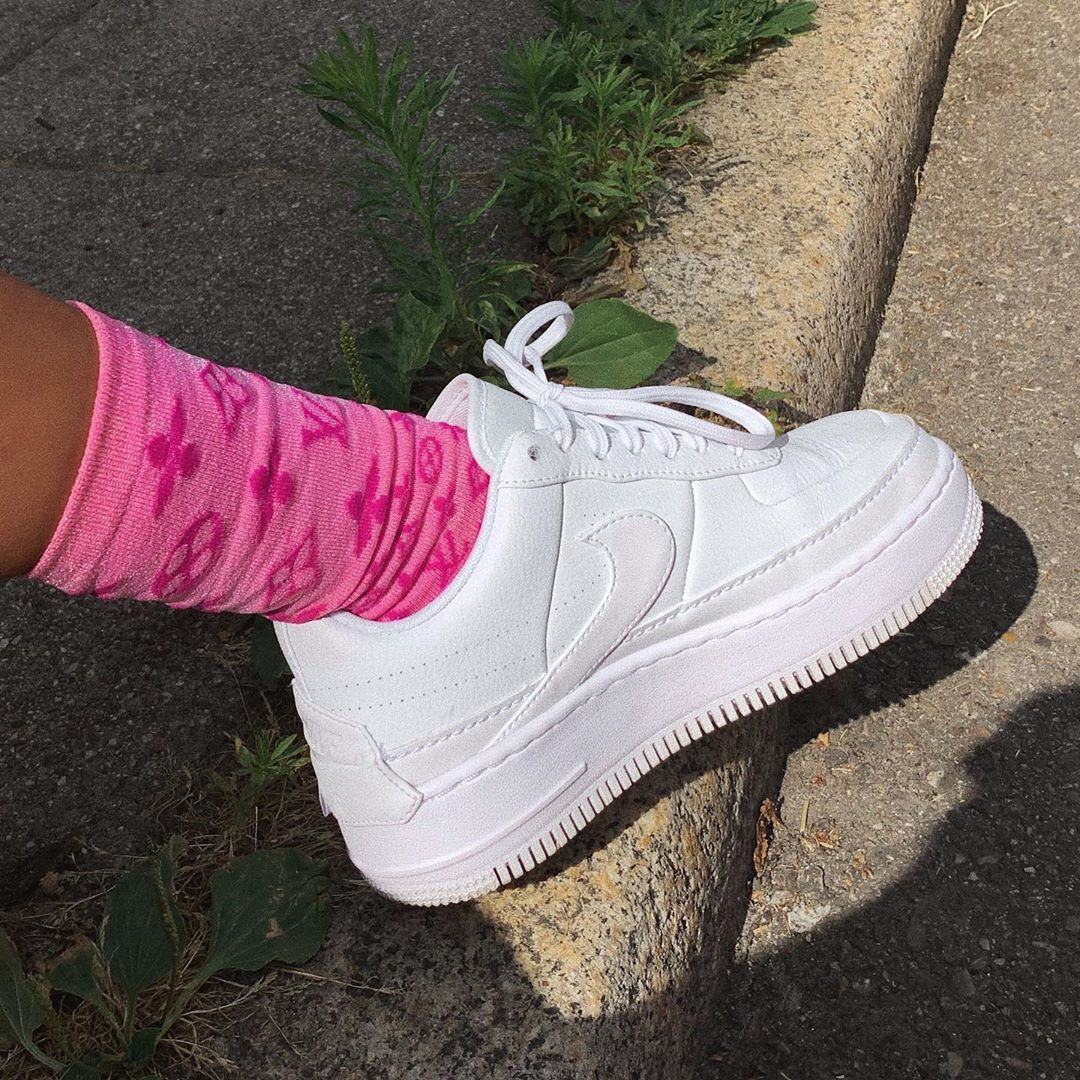 Nothing beats classic white sneakers