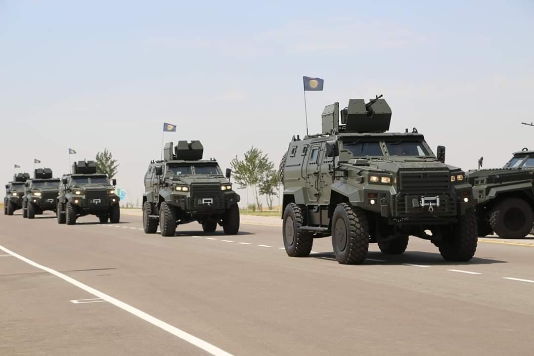 الجيش الأوزبكي يبدأ باستخدام المدرعة التركية Ejder Yalcin  EA_riyHX4AI5xVK