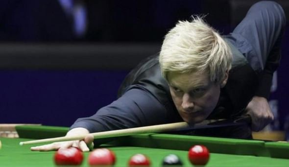 The #RigaMasters match between defending champion Neil Robertson and Rob Milkins is a thriller. Locked at 3-3, it goes to a deciding frame - except neither player is at the event... they are stuck in England.In full: https://bbc.in/2JUCSRB