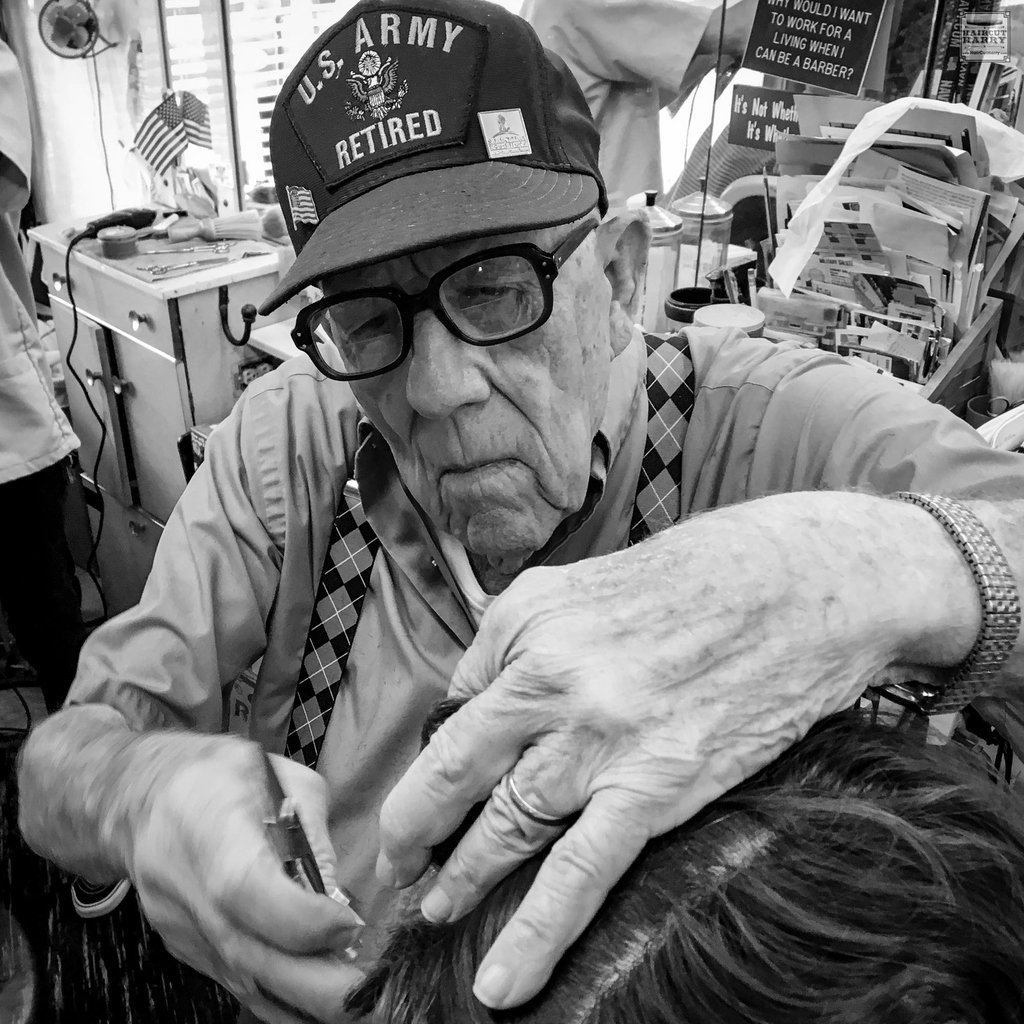 """""""Enjoy life, don't fake it."""" -Bud Adams  Read about Bud and @familybarber_nola  https://haircutharry.com/fostering-new-orleans-community-at-buds-family-barber-shop/…   #nola #barbershop #traditionalbarber  #oldschoolbarber #visitneworleans #americana #roadtripusa #discovernola #nolalife #travelusa #haircutharry #travelblogs pic.twitter.com/CATY2jmCXF"""