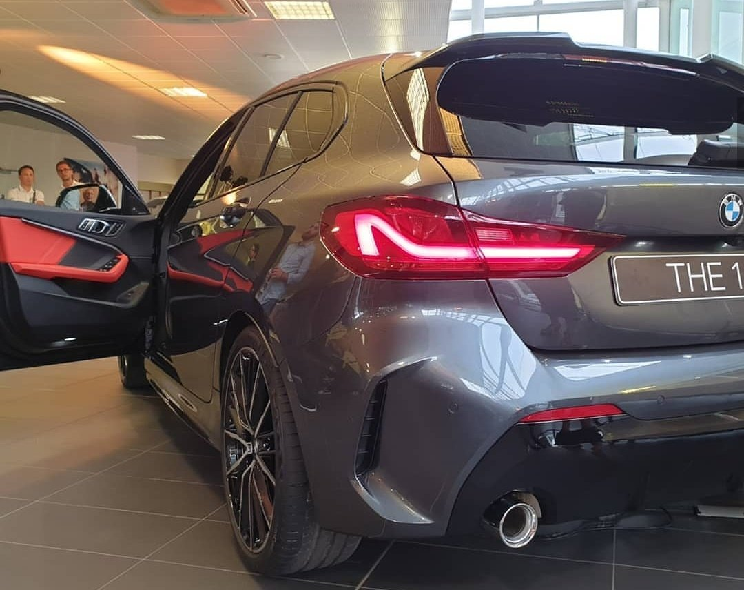 Carsinpixels On Twitter Here S A Closer Look At The All New Mineral Grey Bmw 1 Series 118i F40 With M Sport Package And Optional Bicolor 19 M Lmr Double Spoke Mag Wheels