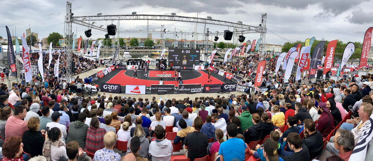 Malgré la météo, carton plein pour l'#OpenFrance3x3 !!! Merci à tous nos partenaires @GRDF @Caisse_Epargne @MAIF @WilsonBasktball @Jumpman23 et @GerflorGroup de nous avoir accompagnés sur toute cette Superleague @3x3Ffbb 2019 !!! https://t.co/bGq8eDyYLm