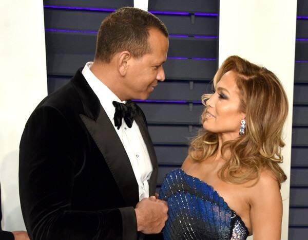 "Jennifer Lopez Stops Concert to Sing \""Happy Birthday\"" to Alex Rodriguez"