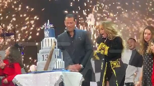 J Lo Stops Concert to Sing Happy Birthday to A-Rod via