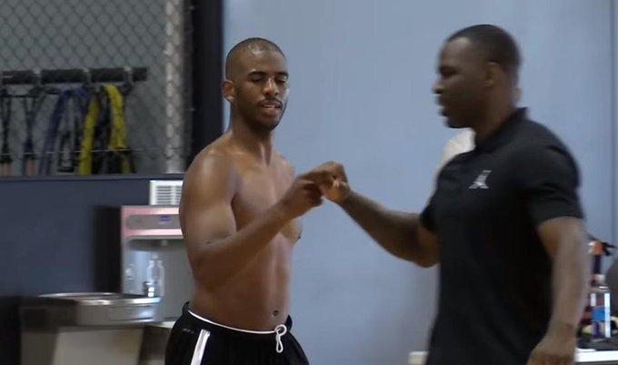 【影片】瘋狂暴瘦+空接暴扣!他已經34歲了,難怪還想在NBA單核帶隊?