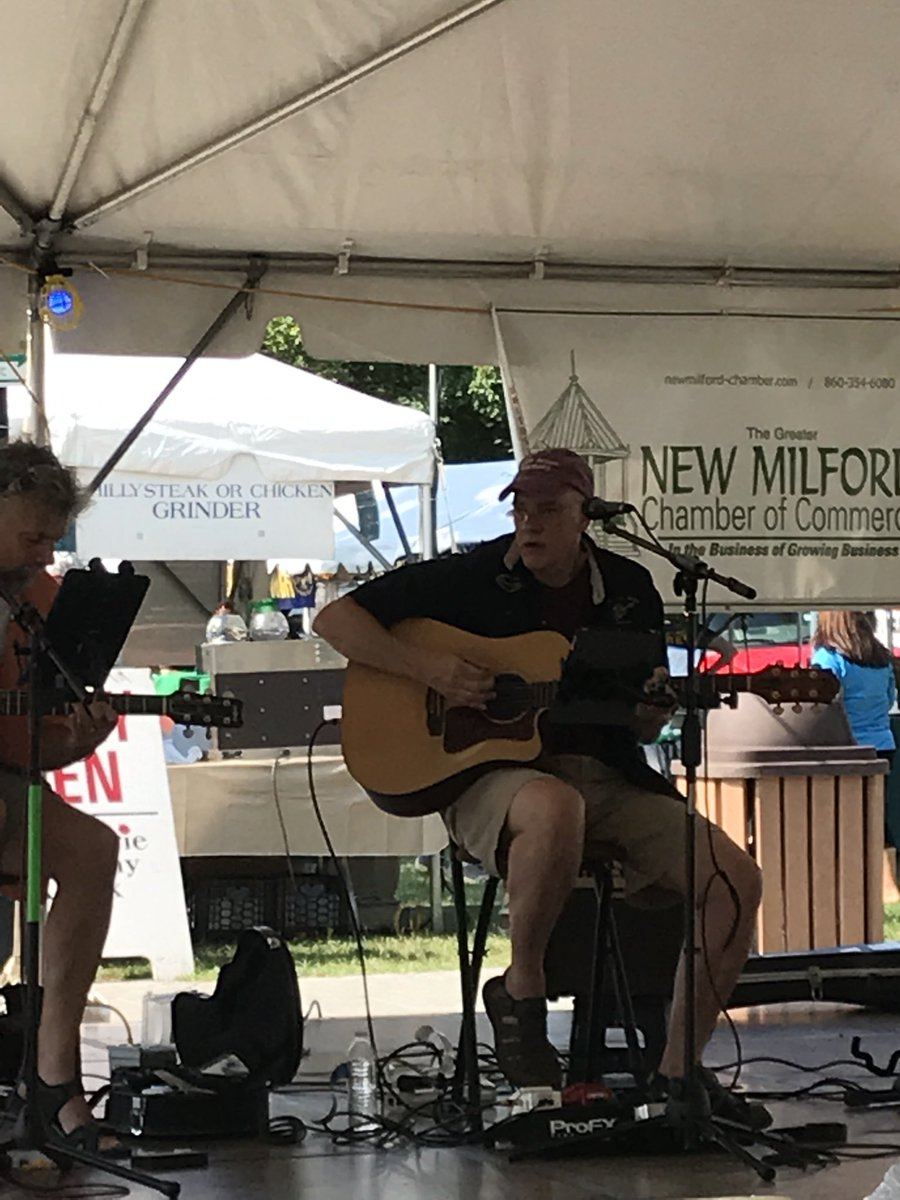 SMS's own, Mr. Gregory rockin' this weekend at the NM fair days, representing our NM community well. @SMS_CT @SMS_BandOrch @TownCouncilPete