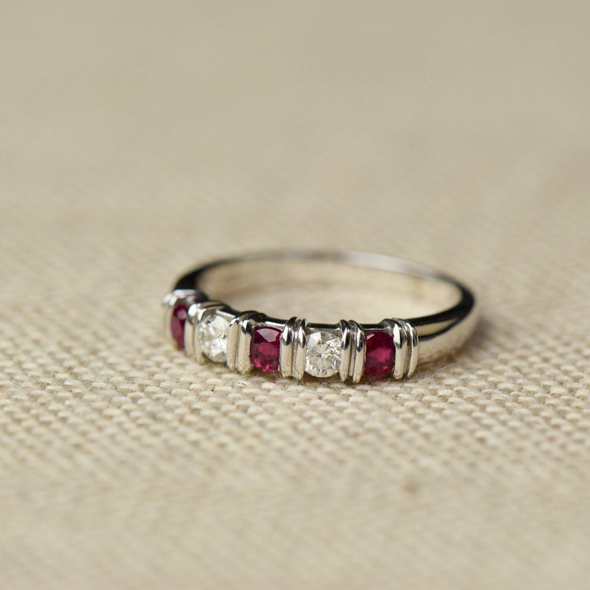 TImeless 14ct white gold ruby and diamond ring  #stalbanslife #stalbans #hertslife #shopstalbans #stalbansbusiness #london #londonfashion #londonjewellery #londonjewelry #instajewels #rubynecklace #rubiesanddiamonds #vintagejewellery #vintagejewelry #makeityours #shopinstorenowpic.twitter.com/vyn9JggUGI