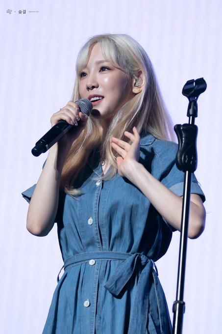 [PHOTO] 190728 Taeyeon - BEANPOLE Concert EAkwPU7VUAAh4ZM?format=jpg&name=small