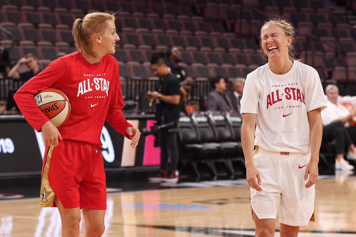 Some great photos from @hoopism 📸 👍🏻 @alliequigley @Sloot22 @wnbachicagosky #WNBAAllStar