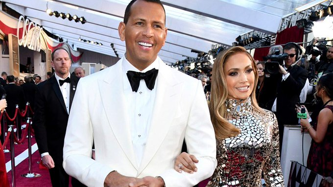 Jennifer Lopez twerks on Alex Rodriguez, stops concert to sing him happy birthday -
