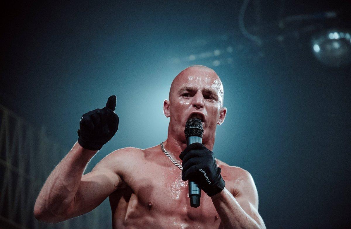 """Résultat de recherche d'images pour """"paul robinson wrestler"""""""