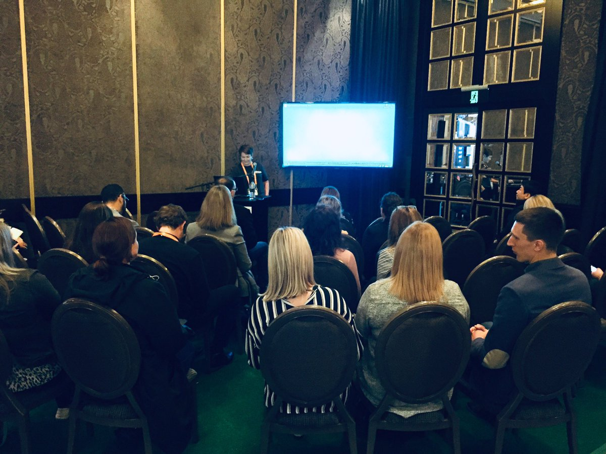 Standing room only for @HilaryKer session on creating a culture of recognition using #digitalcredentialing at #ldtechfest Want to know more? Kineo can help!