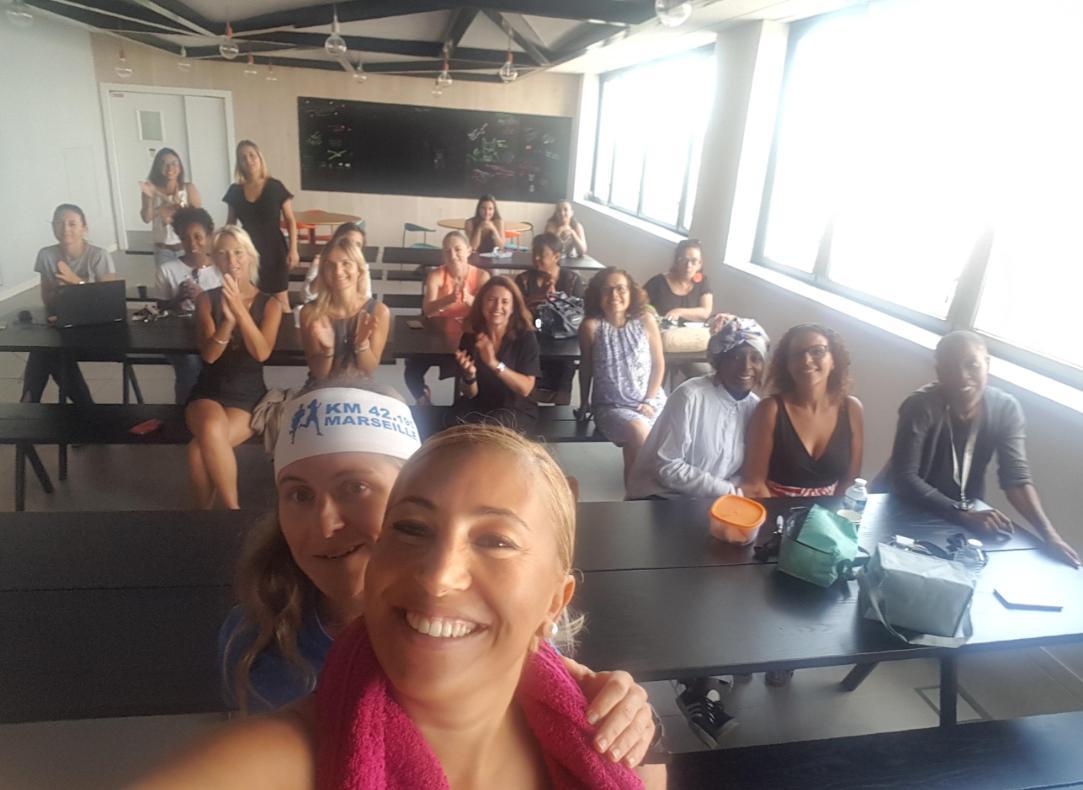 Le projet work & life balance a été inauguré sur notre site marseillais avec la pétillante Irène Gorban, qui en complément de son travail de conseillère voyage, s'est hissée plusieurs fois dans le top 10 des finalistes du marathon de Marseille ! Bravo ! #lifeategencia #oneteam https://t.co/vXjfx48bFf