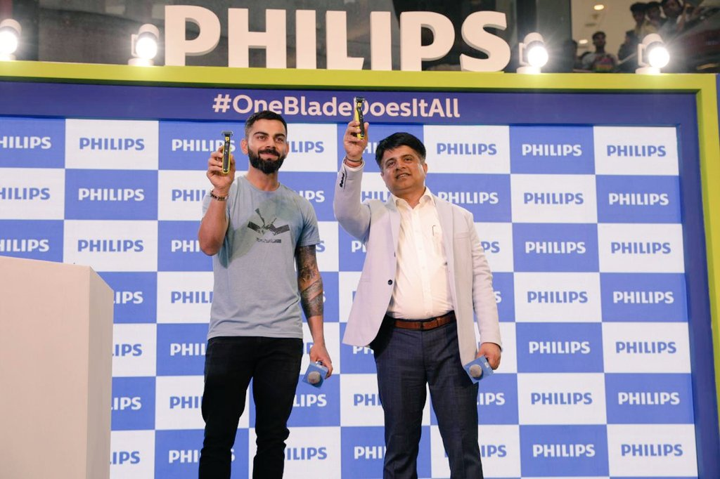 Did you see what the future looks like? Follow @philipsindia to know how #OneBladeDoesItAll and see me style, trim and shave! 😎