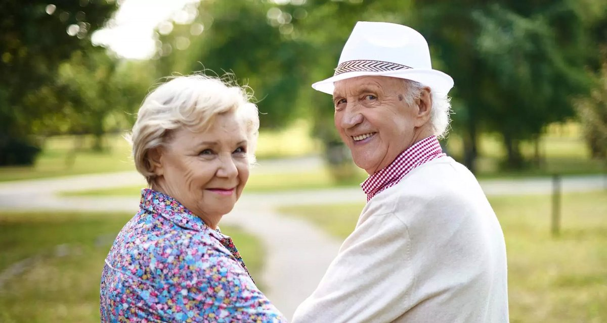 Looking For Top Rated Senior Online Dating Sites