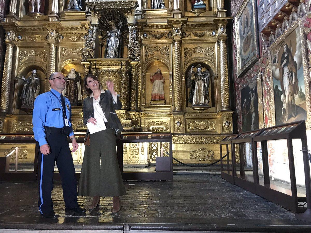 Con el señor MEDINA el encargado de cuidar este tesoro: El museo Santa Clara