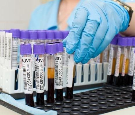 online Statistical methods for biostatistics