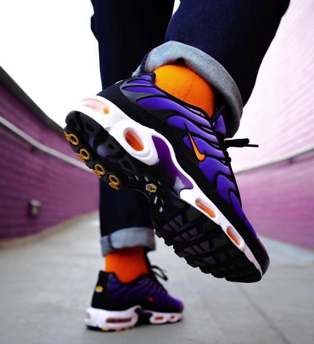 buy \u003e air max plus og voltage purple