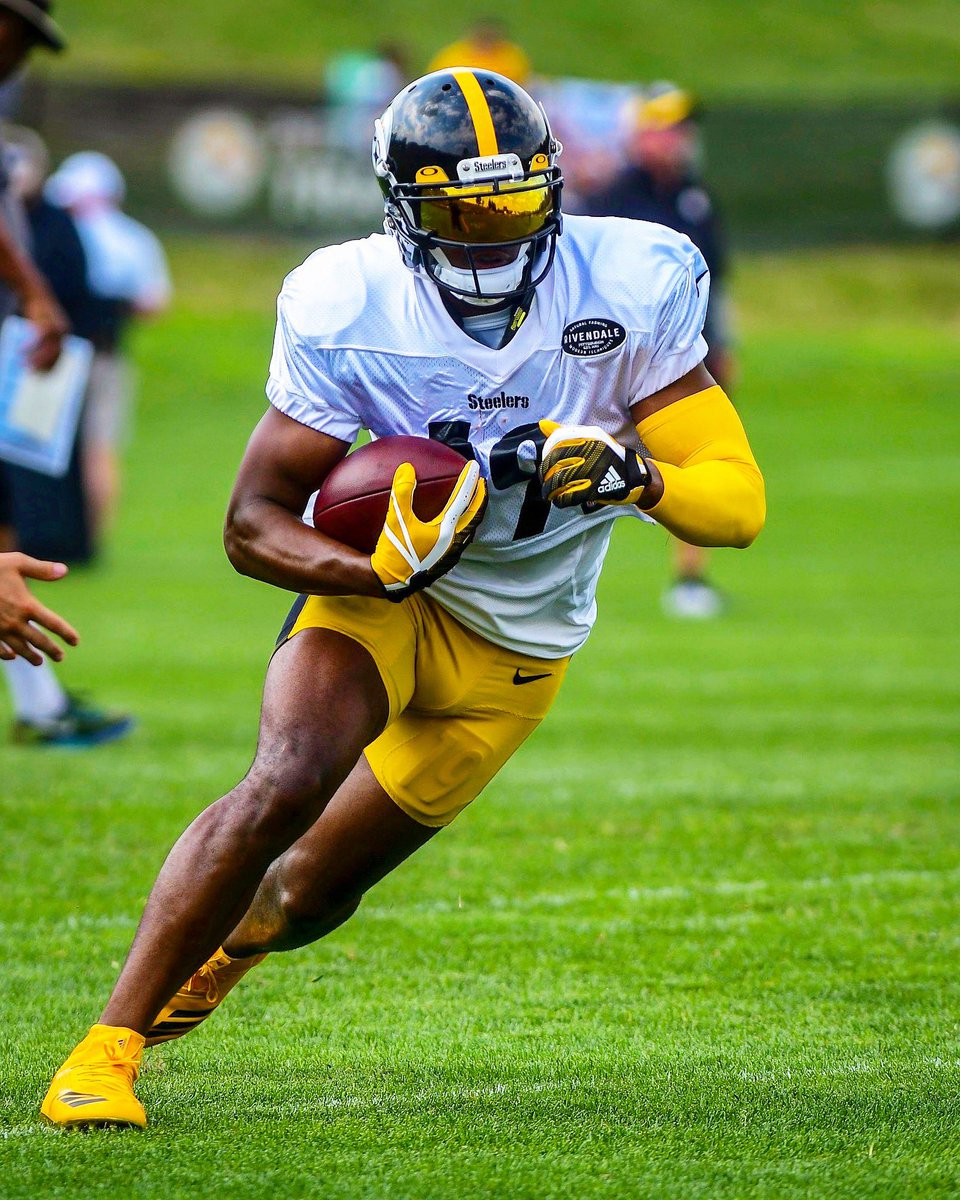 newest collection 7747c 95b0e JuJu Smith-Schuster on Twitter: