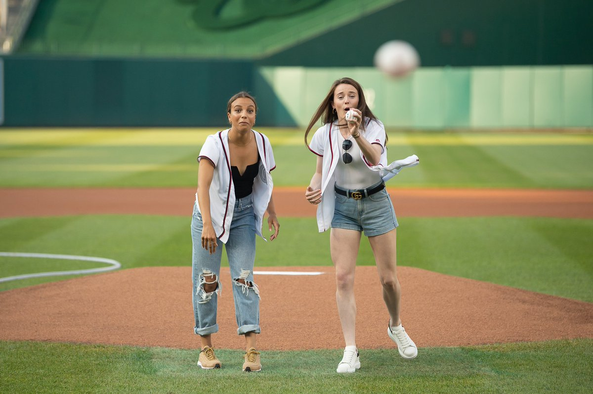 Mallory Pugh, Rose Lavelle throw first pitch