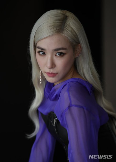 [PHOTO] Tiffany Young Newsis Interview Photo EAt9608UYAER-Sb?format=jpg&name=small