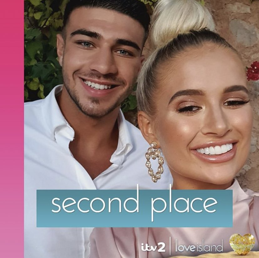 We are so unbelievably proud of Molly and cannot wait to see what the future holds for this gorgeous pair ❤️#teamtolly 💫 Congratualtions to Amber and Greg on being crowned winners!!! #loveisland 🏝
