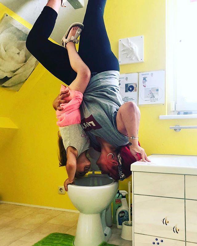 #auftauchstation  • #repost  @_prinzessin_86 • • #dasverrücktehaus #verrückteshaus #bispingen #lüneburgerheide #toilettentieftaucher #meinniedersachsen #lüneburgerheide #bestday #mamatochter #instakids #abkühlung #verrückt #upsidedown #roadtri… https://ift.tt/2SRxK3Rpic.twitter.com/pwIyCeYr7u