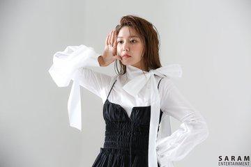 "[PHOTO] Sooyoung - ""SINGLES"" Magazine BTS  EAueri6U0AAWIhn?format=jpg&name=360x360"