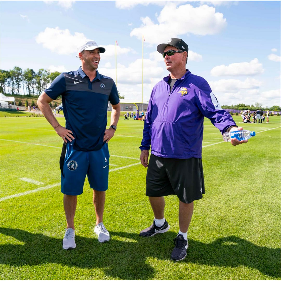As @Vikings training camp heats up, @Timberwolves Head Coach and lifelong Vikings fan Ryan Saunders stopped by camp with several other players and coaches to take in all the action.   Click here to see photos: http://ow.ly/Fegd50vhchz