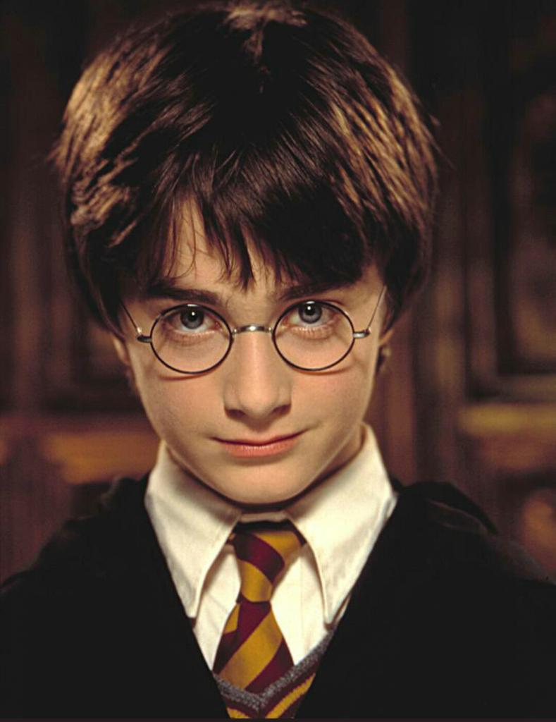 Happy birthday to the boy ,who lived,our hero,Harry Potter!
