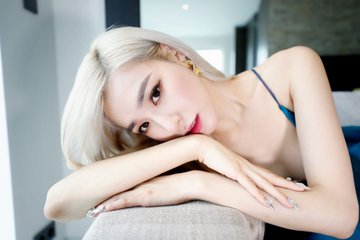 [PHOTO] Tiffany Young News1 Interview Photo EAzyxE3UwAAXi0F?format=jpg&name=360x360