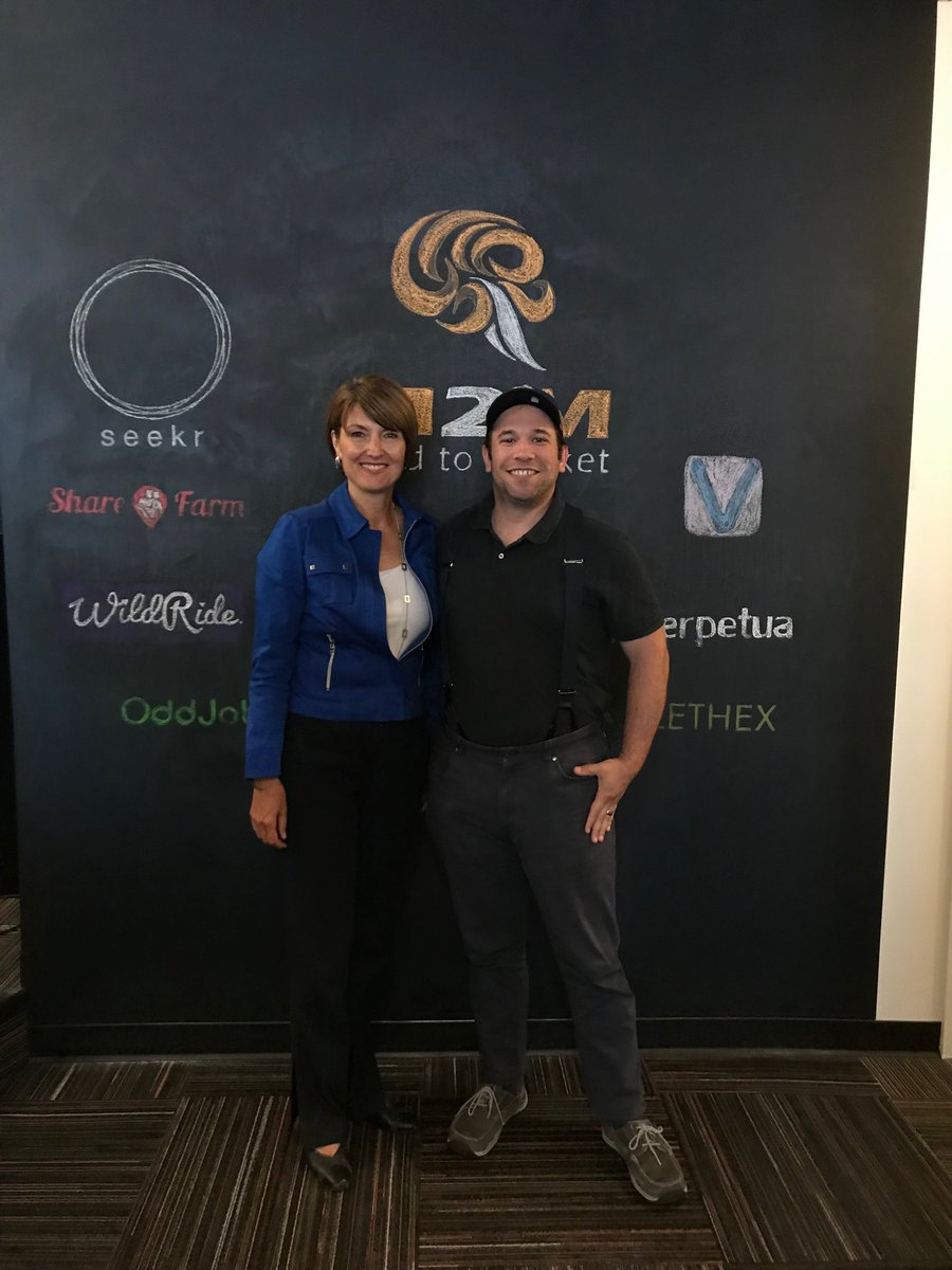 Michael got to talk about Seekr's mission with Congresswoman ⁦@cathymcmorris⁩ today at ⁦@StartupSpokane⁩.
