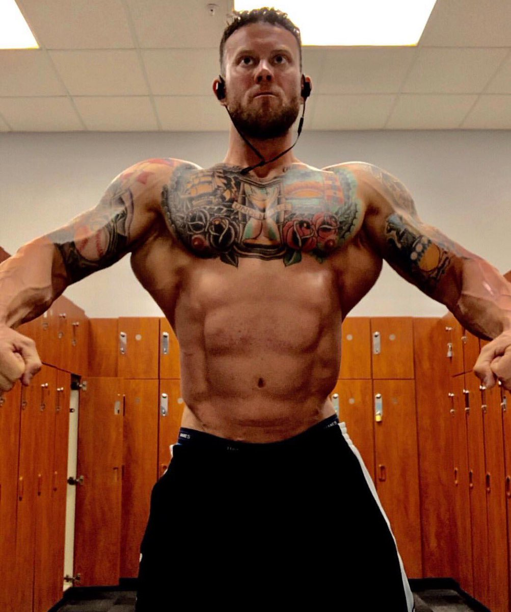 Train every day like it's your last... #fitness #mensphysique #gymmotivation #fitfam #gym #bodybuilding #strength #muscle #musclegrowth<br>http://pic.twitter.com/fliMqjcpEW