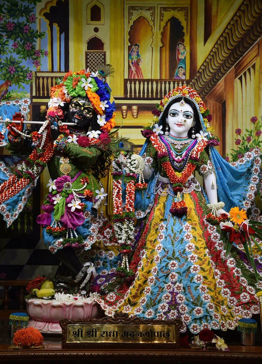 RT @ISKCONNashik: Hare Krishna! #ThursdayThoughts  #RakshaBandhan2019 https://t.co/v4M8FFNIy0