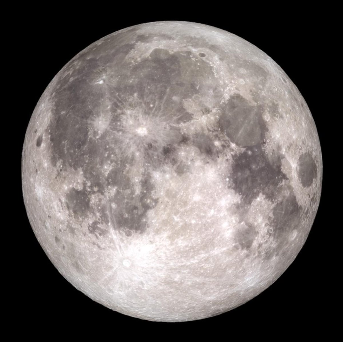 The August full Moon is known as the Sturgeon Moon. It also corresponds with the Hindu festival Raksha Bandhan, the Sri Lankan Nikini Poya holiday, and the Chinese Ghost Festival. go.nasa.gov/2N3wh9z
