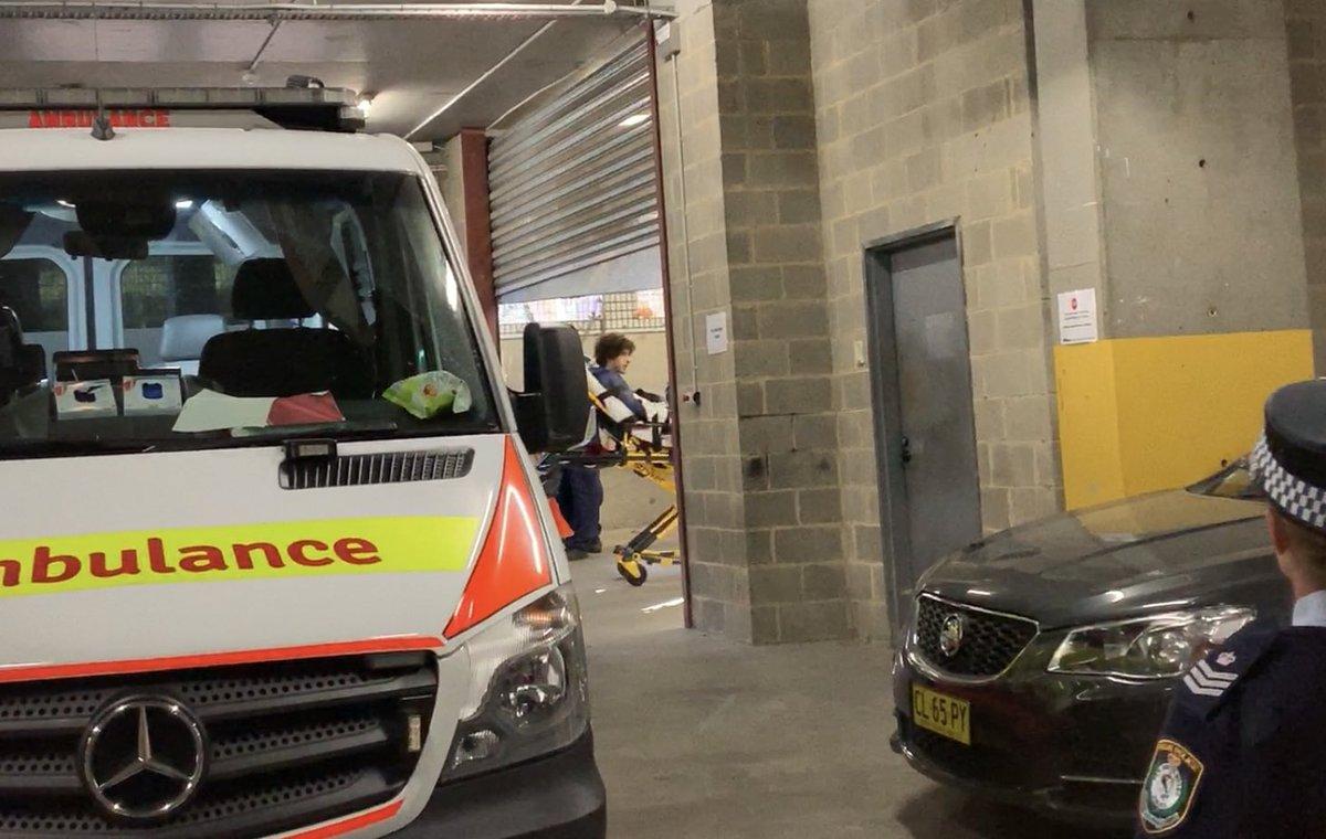 Man with knife arrested after major police operation, Sydney CBD