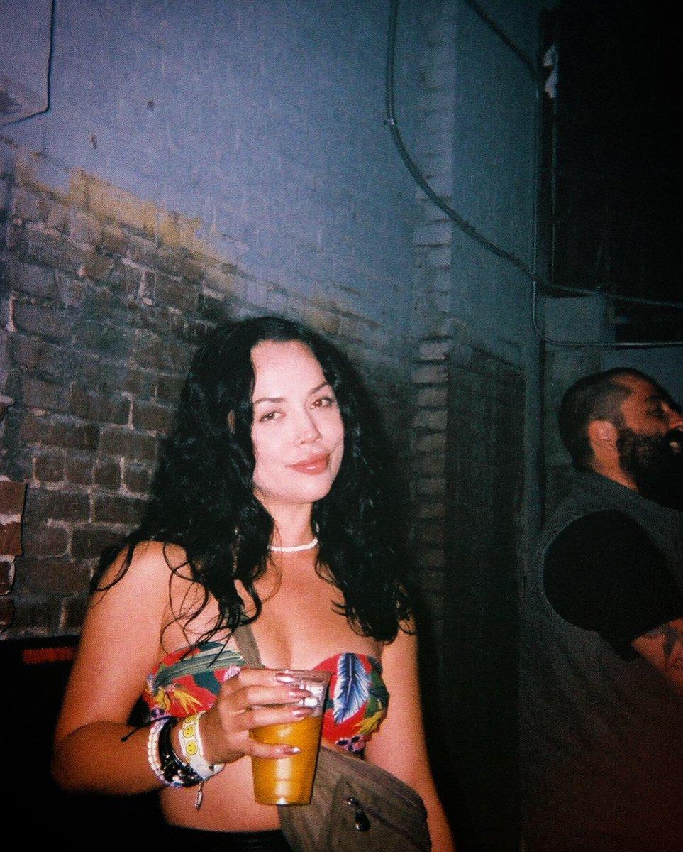 test Twitter Media - Urban Jungle / Hollywood Huntress 🍹🌚🌃🌴🌺 https://t.co/EHmFE5Ff4n