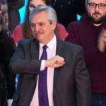 Image for the Tweet beginning: Il presidente Macri ammette sconfitta