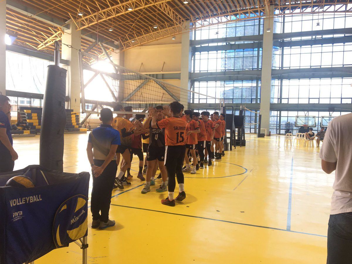 The championship game is about to start! 🏆✨ Support our Tigers here at the 7F Martin Hall! 🐯 #BeALegaSEA