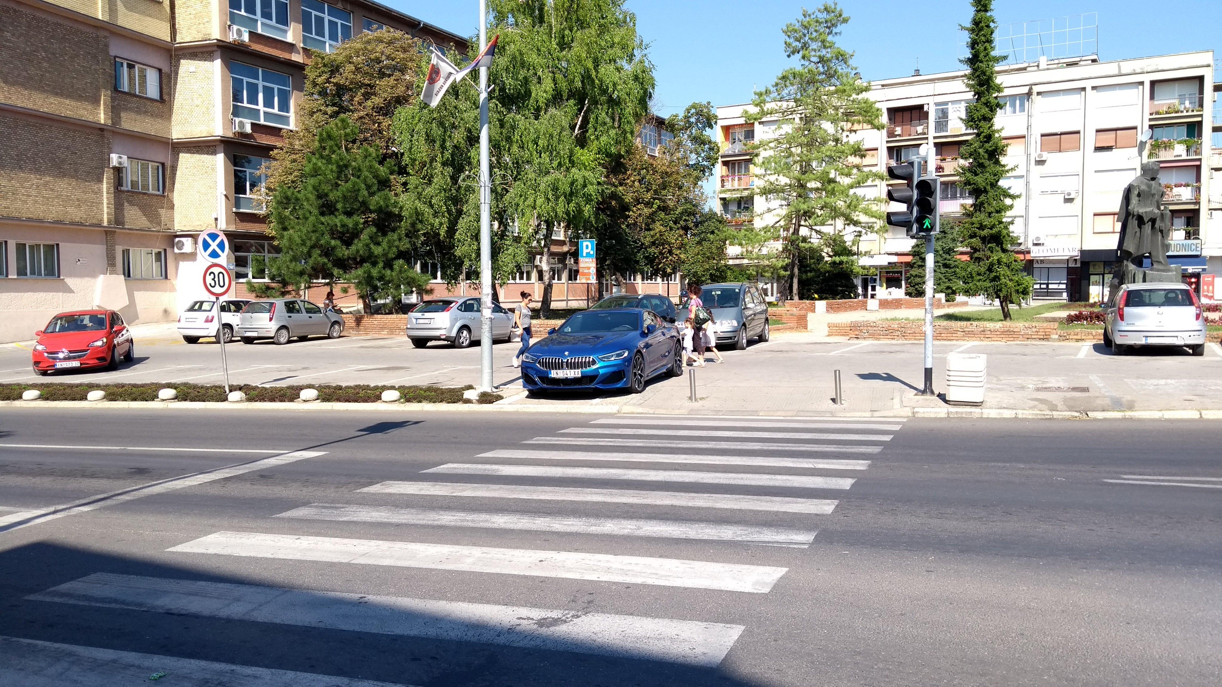 2019 - [BMW] Série 8 (G14/G15) - Page 26 EB1uSpsXsAA1PdO?format=jpg&name=orig