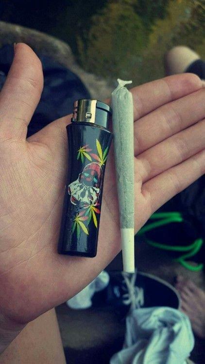 С марихуаной бонг за употребления марихуаны статья
